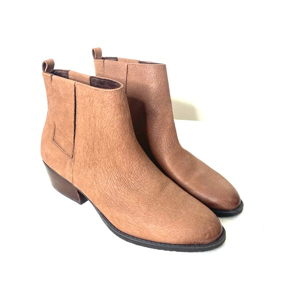 Kenneth Cole   Raw Land Leather Booties